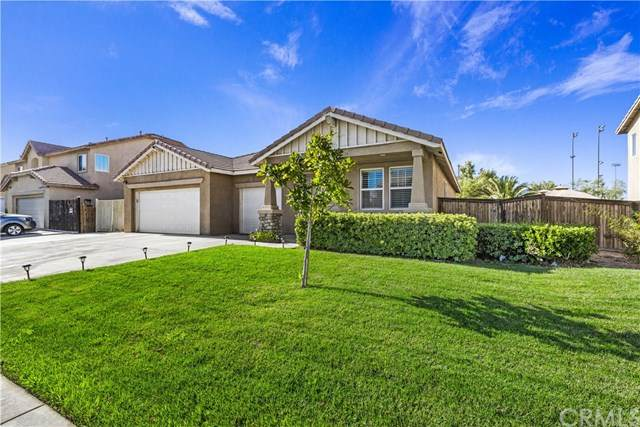 12956 Arvila Drive, Victorville, CA 92392 (#302608784) :: Whissel Realty
