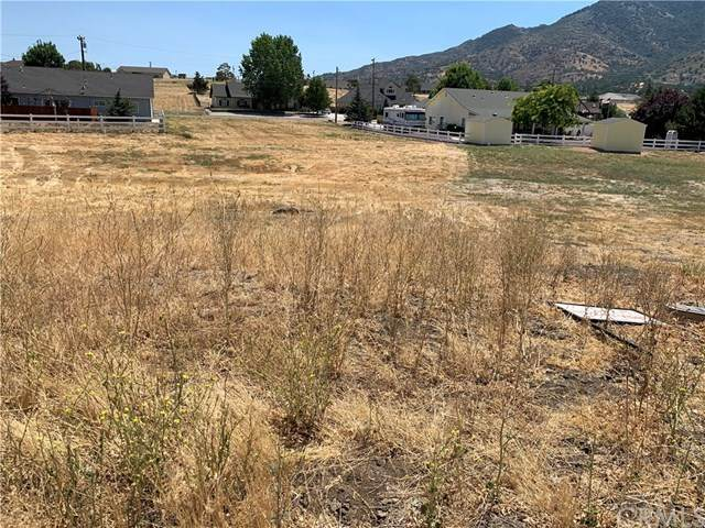 6 Burlingame, Tehachapi, CA 93561 (#302609968) :: Whissel Realty