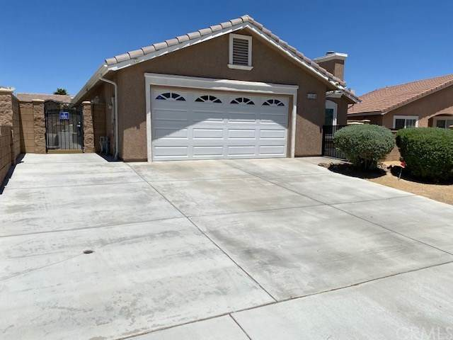 12840 Sweetwater Drive, Victorville, CA 92392 (#302610075) :: Whissel Realty