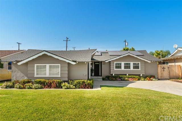 1517 E Everett Place, Orange, CA 92867 (#302610467) :: Whissel Realty