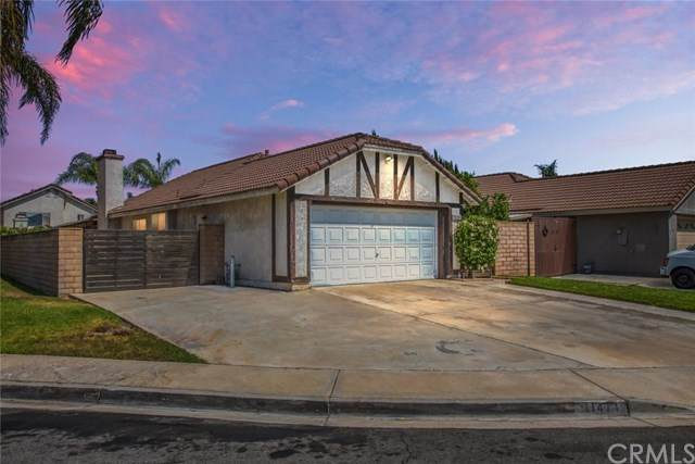 11471 Homewood Place, Fontana, CA 92337 (#302610548) :: Whissel Realty