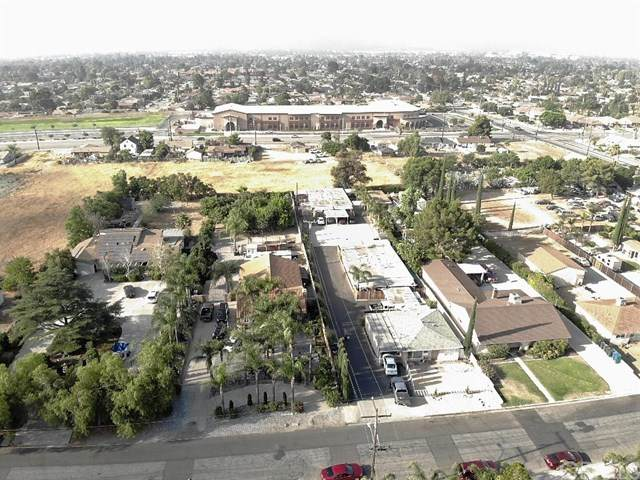 17761 Citron Avenue, Fontana, CA 92335 (#302610778) :: Whissel Realty