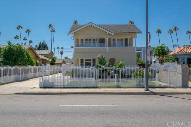 4245 Arlington Avenue, Los Angeles, CA 90008 (#302611297) :: Whissel Realty