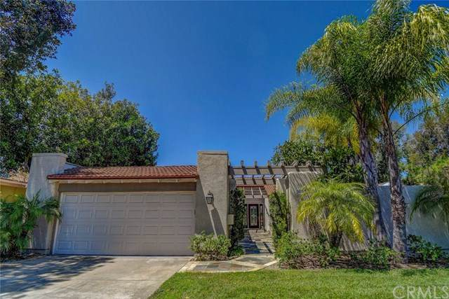 5011 Duverney, Laguna Woods, CA 92637 (#302611871) :: Whissel Realty