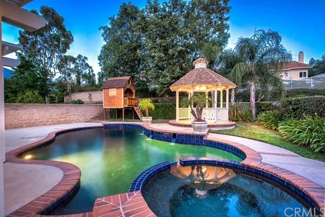 20632 Shadow Rock Lane, Rancho Santa Margarita, CA 92679 (#302611918) :: Compass