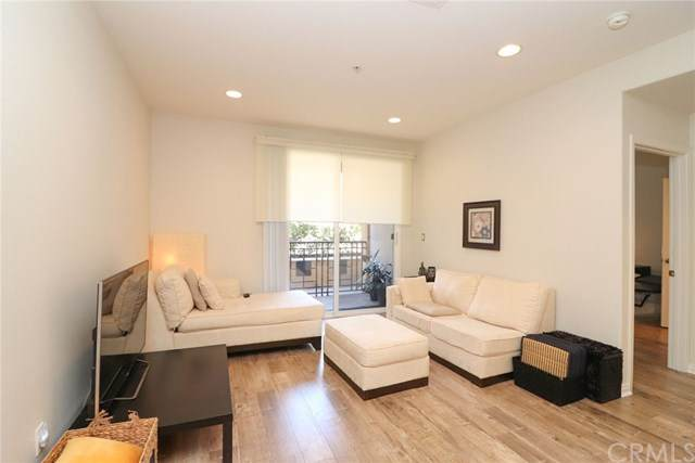 360 W Avenue 26 #142, Los Angeles, CA 90031 (#302613662) :: Whissel Realty