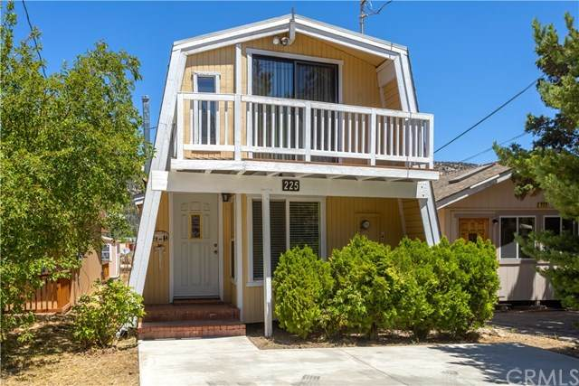225 E Mountain View Boulevard, Big Bear, CA 92314 (#302613943) :: Whissel Realty