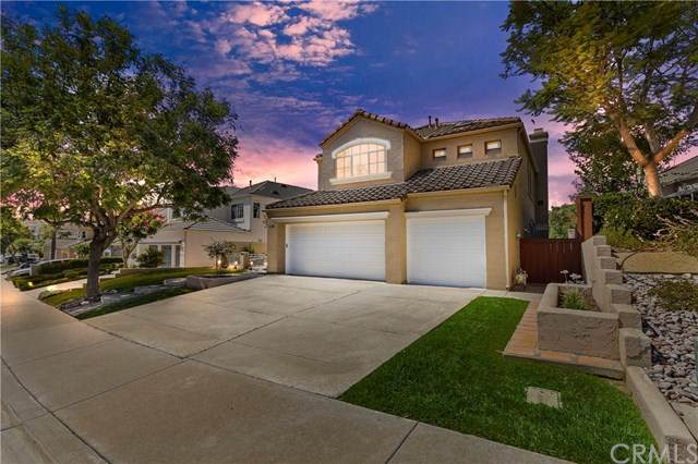2197 View Crest Glen, Escondido, CA 92026 (#302614838) :: Whissel Realty