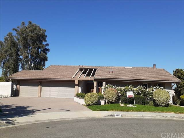 2222 Hilltop Court, Fullerton, CA 92831 (#302615206) :: Whissel Realty