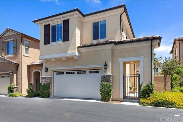 209 Primrose Drive, Lake Forest, CA 92610 (#302615728) :: Whissel Realty