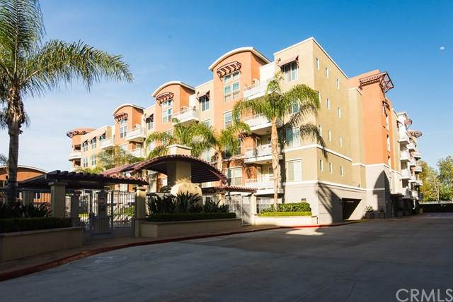 12688 Chapman Avenue #3303, Garden Grove, CA 92840 (#302615744) :: Whissel Realty