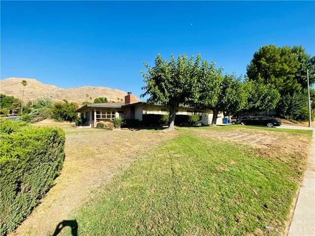 212 Barret Road, Riverside, CA 92507 (#302616389) :: Whissel Realty