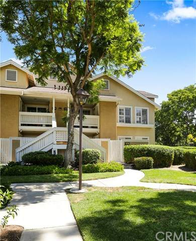 61 Greenfield #68, Irvine, CA 92614 (#302616973) :: Whissel Realty