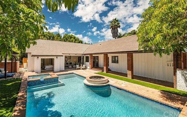 15 Misty Acres Road, Rolling Hills Estates, CA 90274 (#302618013) :: Whissel Realty