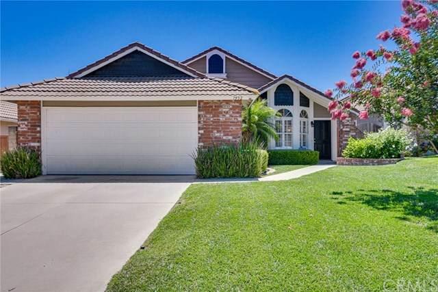 7952 E Saffron Street, Anaheim Hills, CA 92808 (#302618335) :: Whissel Realty