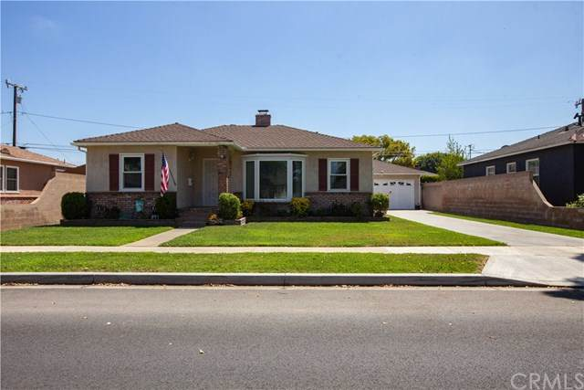 3502 N Greenbrier Road, Long Beach, CA 90808 (#302619371) :: Whissel Realty
