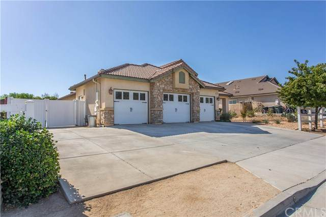 21847 Grove Road, Wildomar, CA 92595 (#302619525) :: Whissel Realty