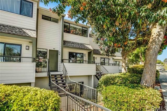 111 Calle Mayor #35, Redondo Beach, CA 90277 (#302620455) :: Whissel Realty