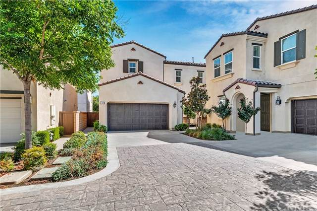 4122 S Cloverdale Way, Ontario, CA 91761 (#302621191) :: Whissel Realty