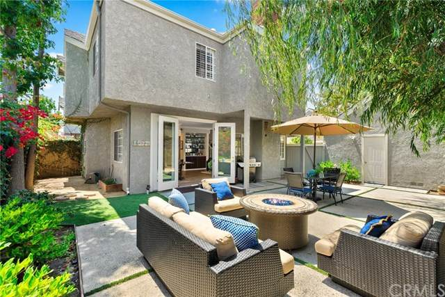 340 E 20th Street A3, Costa Mesa, CA 92627 (#302621881) :: Whissel Realty