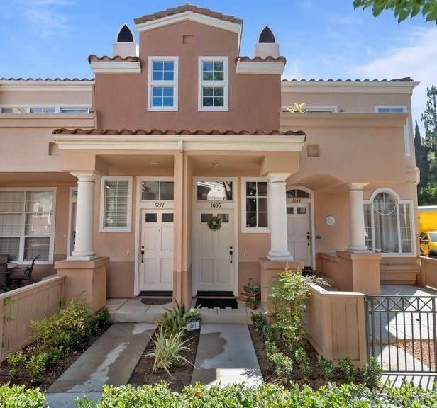1035 S Stresa Way, Anaheim Hills, CA 92808 (#302621975) :: Whissel Realty