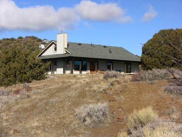 23999 Sand Canyon, Tehachapi, CA 93561 (#302622034) :: Whissel Realty