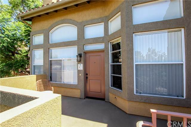 19431 Rue De Valore 28C, Lake Forest, CA 92610 (#302622331) :: Whissel Realty