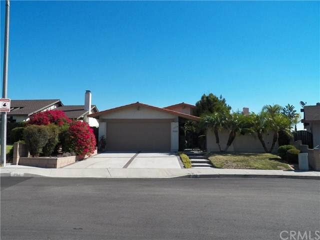 252 Eagle Nest Drive, Diamond Bar, CA 91765 (#302622937) :: Whissel Realty