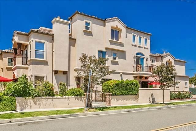 1202 Huntington Street, Huntington Beach, CA 92648 (#302623032) :: Whissel Realty