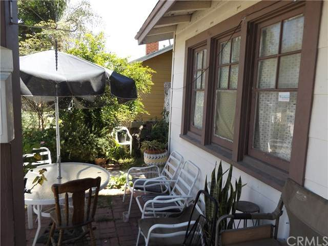 926 S Garnsey Street, Santa Ana, CA 92701 (#302623620) :: Whissel Realty