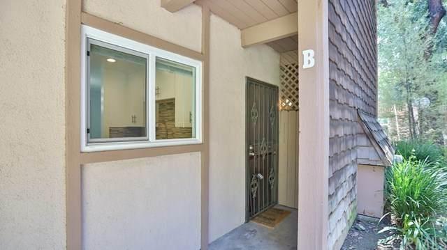 1056 Cabrillo Park Drive B, Santa Ana, CA 92701 (#302623624) :: Whissel Realty