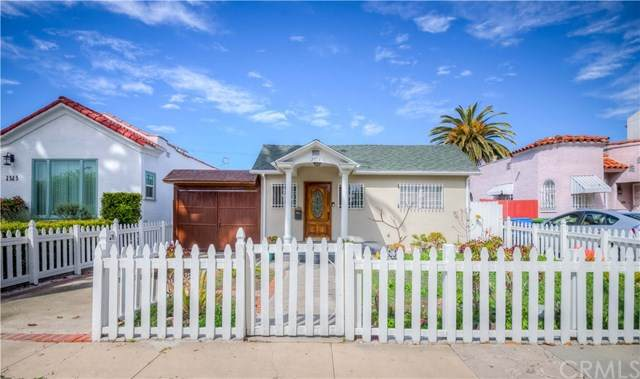 2319 S Cloverdale Avenue, Los Angeles, CA 90016 (#302623726) :: Whissel Realty