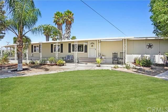 21686 Walnut Street, Wildomar, CA 92595 (#302623885) :: Cay, Carly & Patrick | Keller Williams