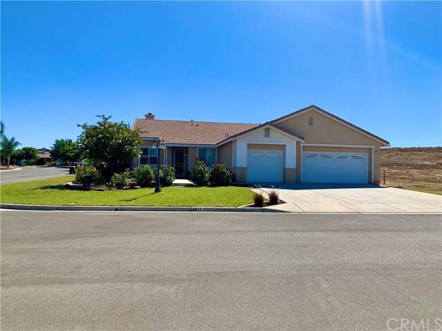 24817 Butterchurn Road, Wildomar, CA 92595 (#302624004) :: Whissel Realty