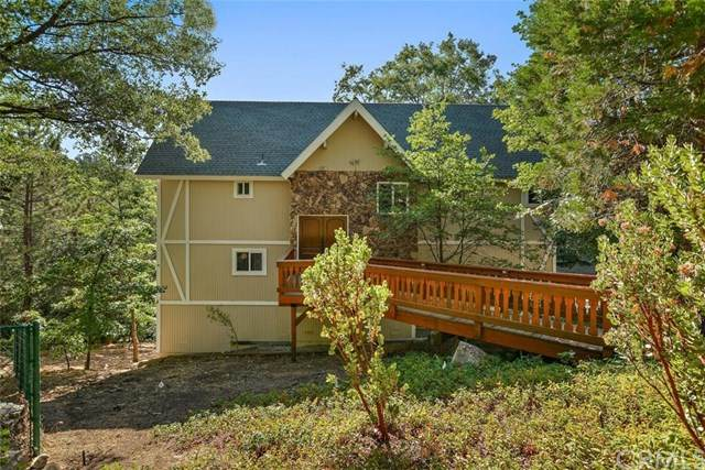 901 Jagerhorn Drive, Lake Arrowhead, CA 92352 (#302624564) :: Wannebo Real Estate Group
