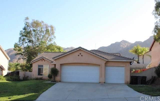 22555 Country Crest Drive, Moreno Valley, CA 92557 (#302627291) :: Whissel Realty