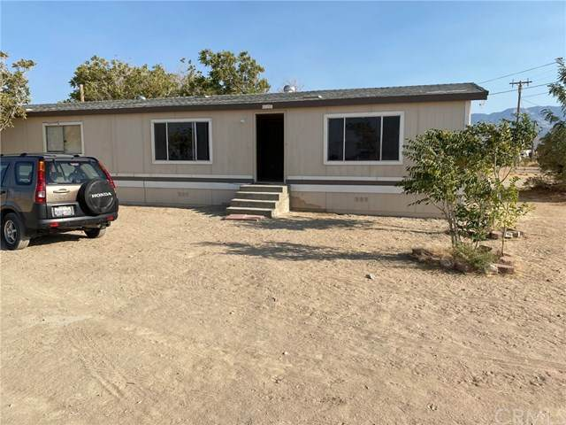 35281 Gobar Road, Lucerne Valley, CA 92356 (#302627348) :: Whissel Realty