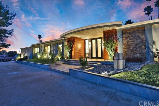 1981 Beverly Glen Drive, North Tustin, CA 92705 (#302627552) :: Whissel Realty