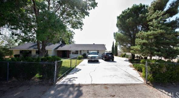 12856 Morning Star Road, Apple Valley, CA 92308 (#302627832) :: Whissel Realty