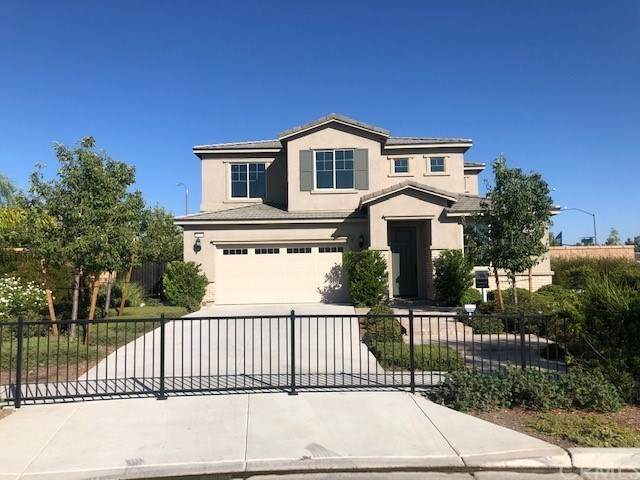 16095 Michigan Place, Fontana, CA 92336 (#302628477) :: Whissel Realty