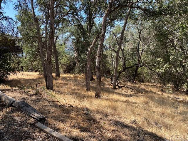 4633 W 40th, Clearlake, CA 95422 (#302628486) :: Whissel Realty