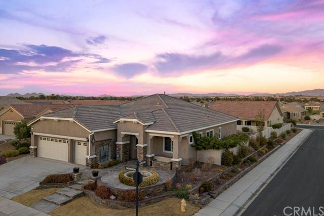 11057 Phoenix Road, Apple Valley, CA 92308 (#302628556) :: Whissel Realty