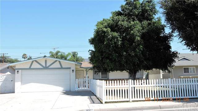 921 E Armstead Street, Azusa, CA 91702 (#302628757) :: Whissel Realty