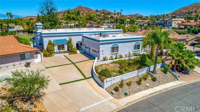 30784 Pyramid Point Drive, Canyon Lake, CA 92587 (#302630123) :: Whissel Realty