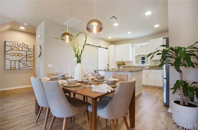 2651 W Lincoln Avenue #40, Anaheim, CA 92801 (#302630220) :: Solis Team Real Estate