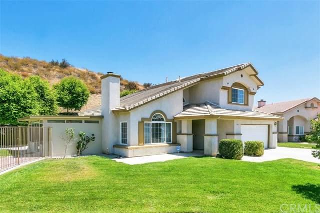 5831 Scotch Pine Way, San Bernardino, CA 92407 (#302630374) :: Whissel Realty