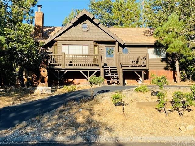 443 Villa Grove Avenue - Photo 1