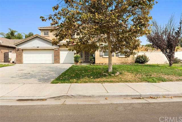 6006 Maycrest Avenue, Eastvale, CA 92880 (#302672823) :: Compass