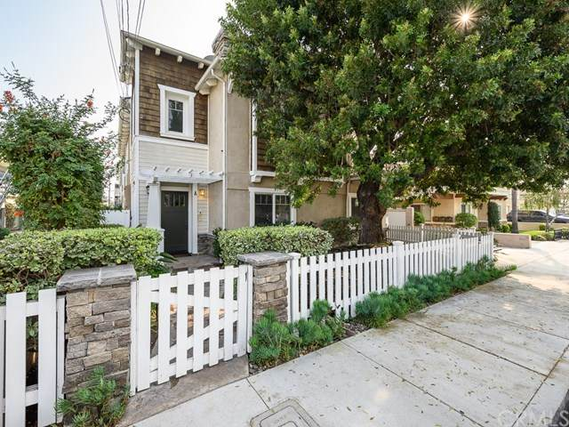 2606 Vanderbilt Lane A, Redondo Beach, CA 90278 (#302674058) :: The Stein Group