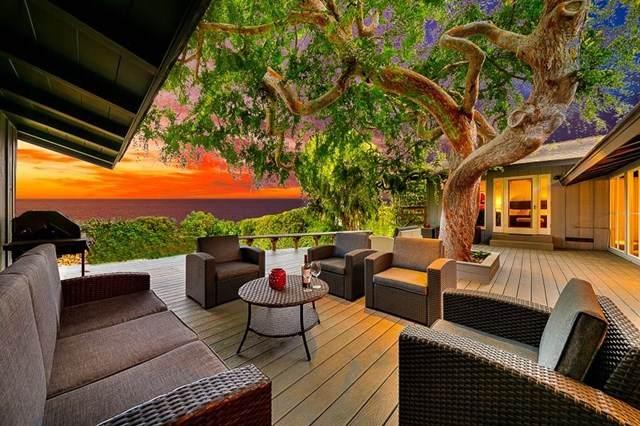7354 Romero, La Jolla, CA 92037 (#302674956) :: Tony J. Molina Real Estate